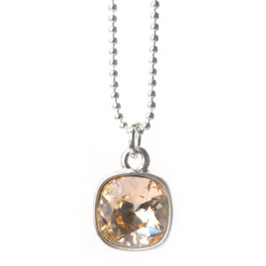 Handgemaakte ketting swarovski elements hanger perik light